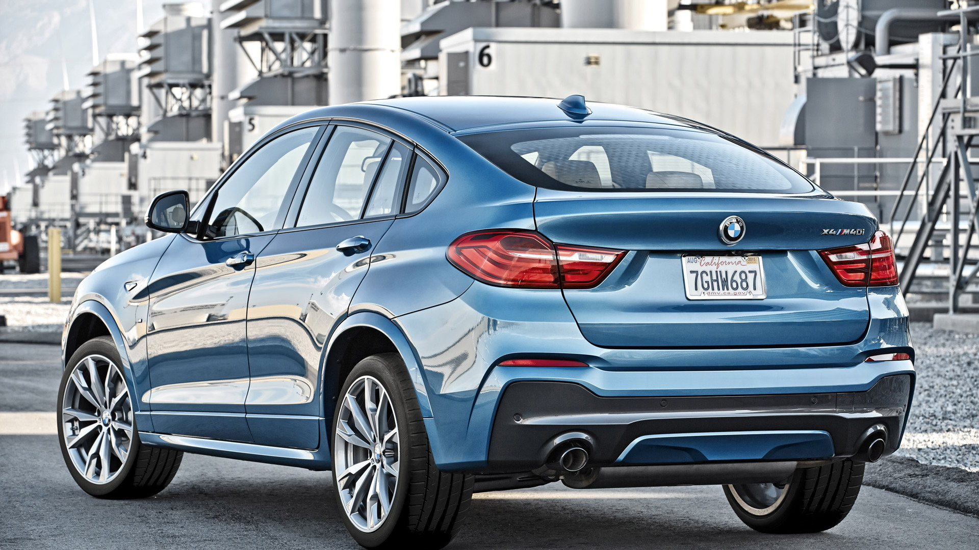 2016 BMW X4 M40i M Performance Model Makes Debut