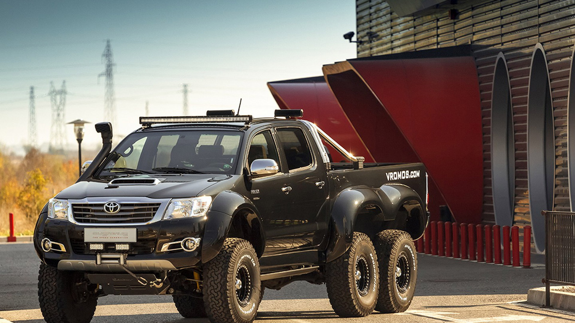 2015 Toyota Hilux 6x6 by Vromos
