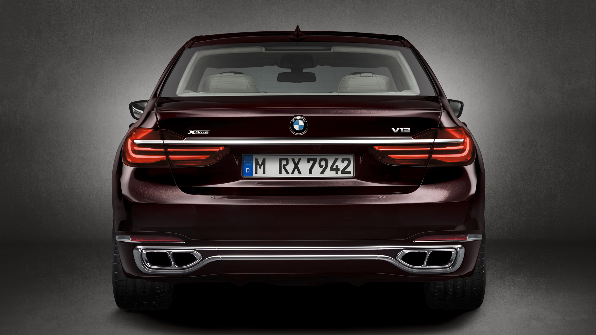 2017 BMW M760i xDrive V12 Excellence