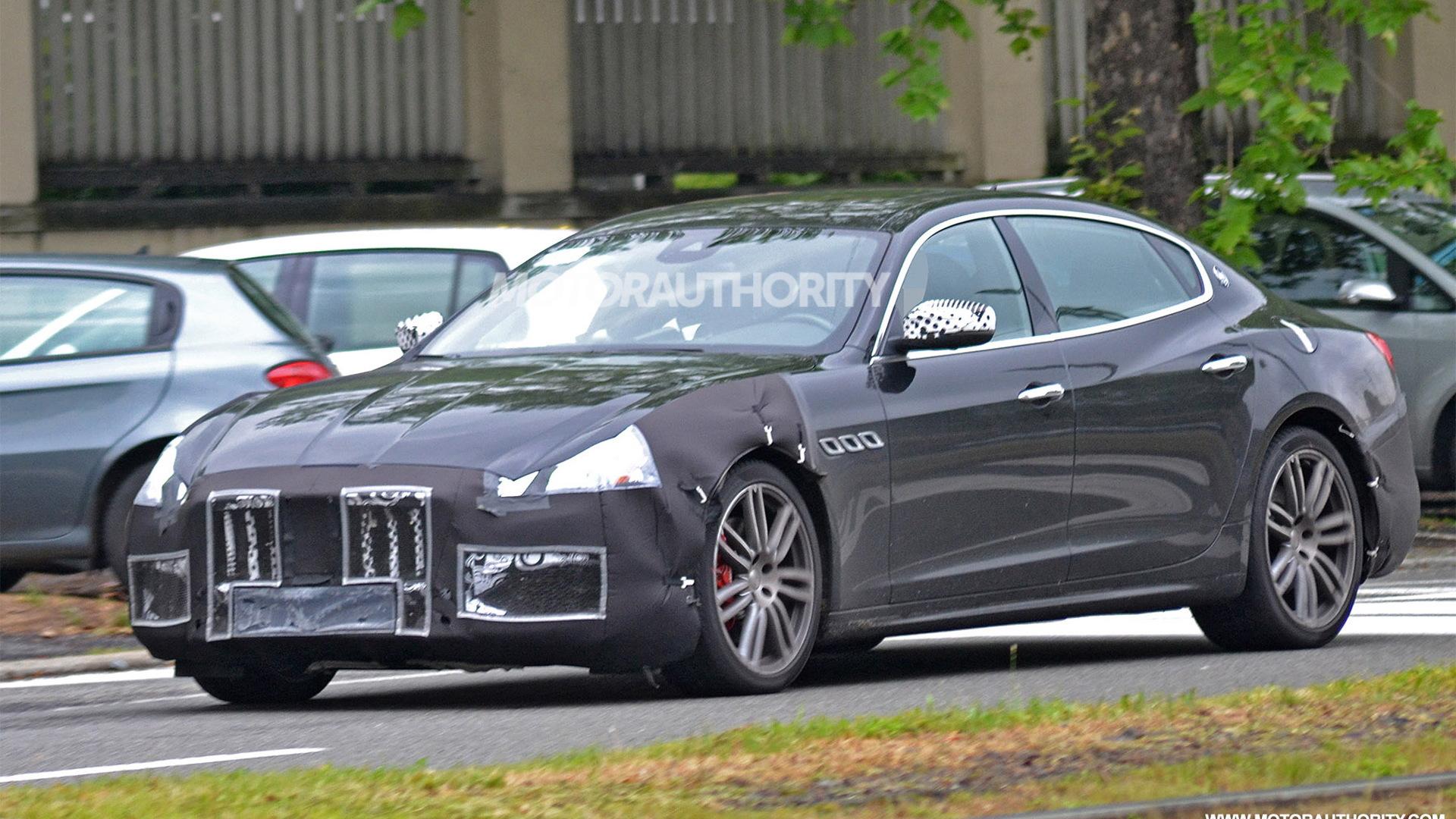 2018 Maserati Quattroporte spy shots - Image via S. Baldauf/SB-Medien