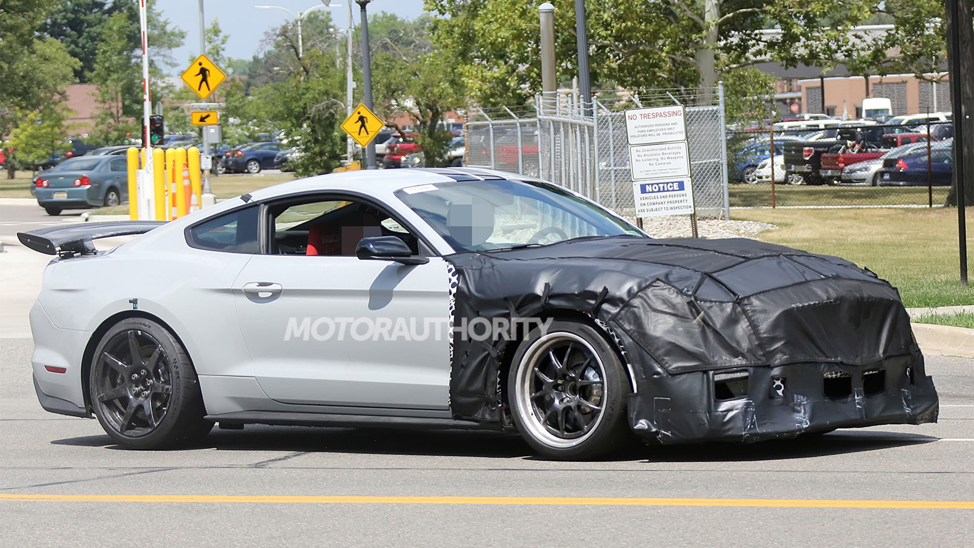 2020 Ford Mustang Shelby GT500 spy shots - Image via S. Baldauf/SB-Medien