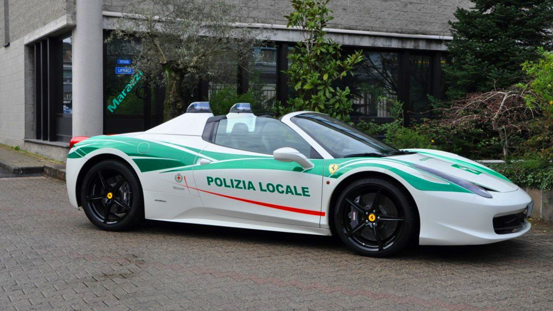 Ferrari 458 Italia Milan police car