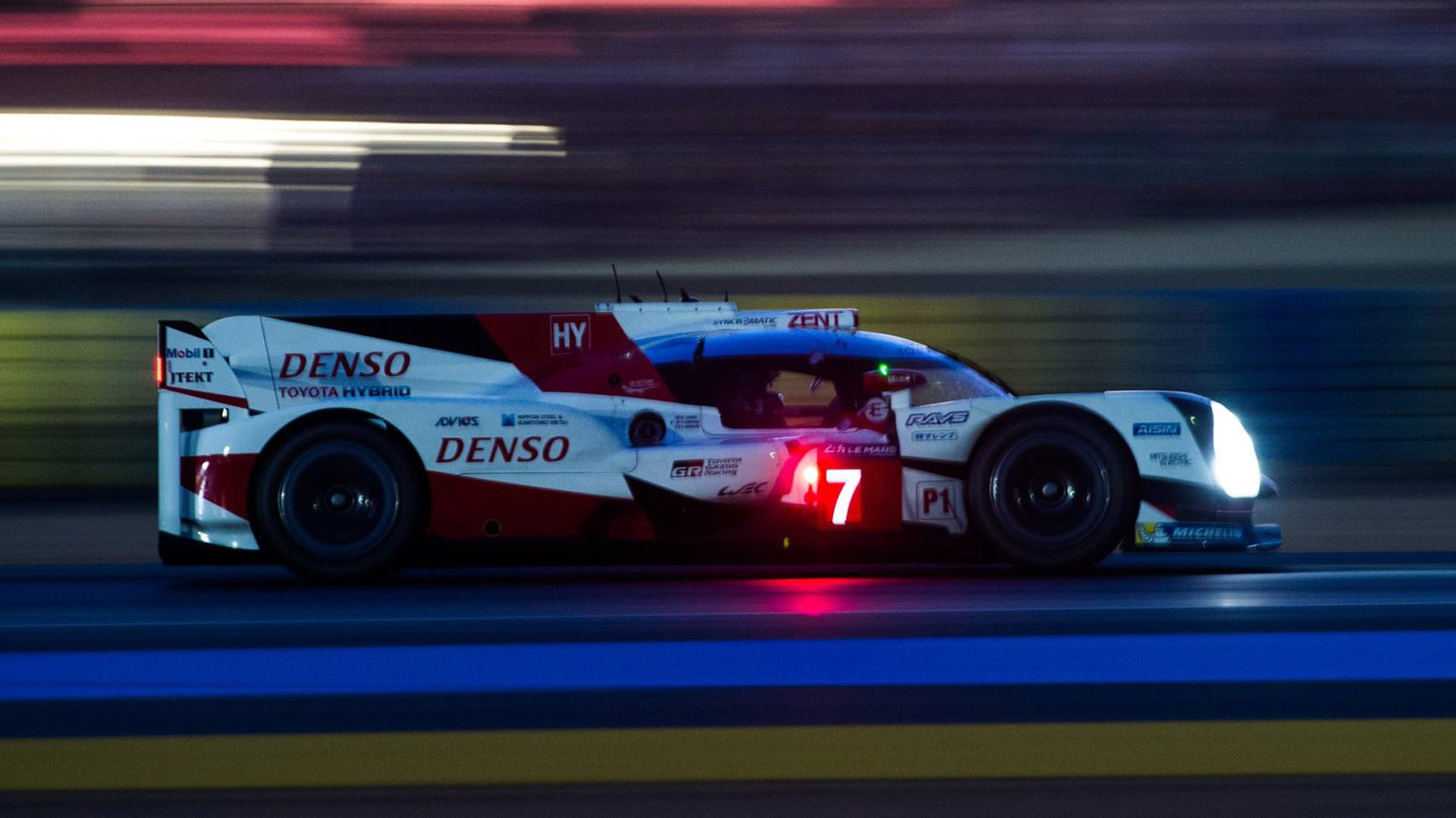 No. 7 Toyota TS050 Hybrid LMP1 at the 2017 24 Hours of Le Mans