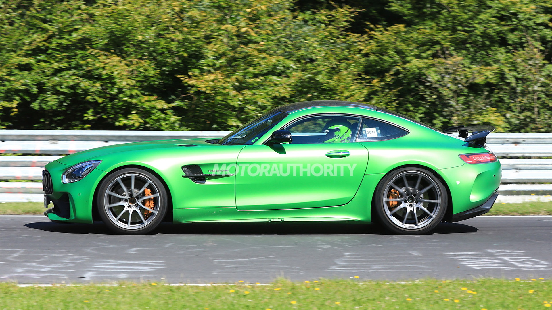 2021 Mercedes-AMG GT Black Series test mule spy shots - Image via S. Baldauf/SB-Medien
