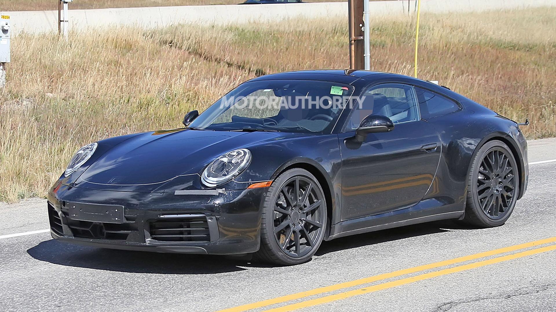 2020 Porsche 911 spy shots - Image via S. Baldauf/SB-Medien