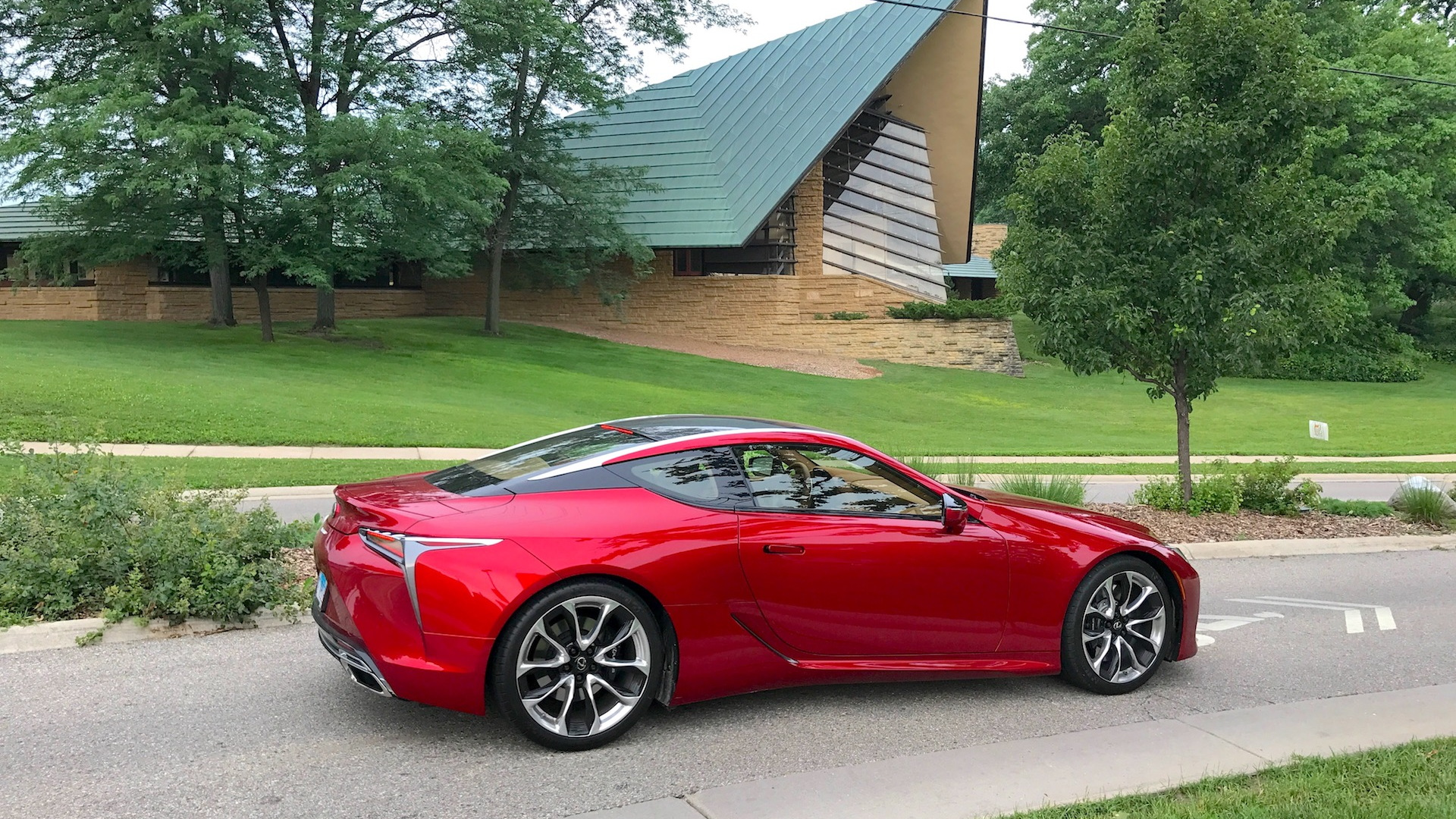 2018 Lexus LC 500 at the Unitarian Meeting House