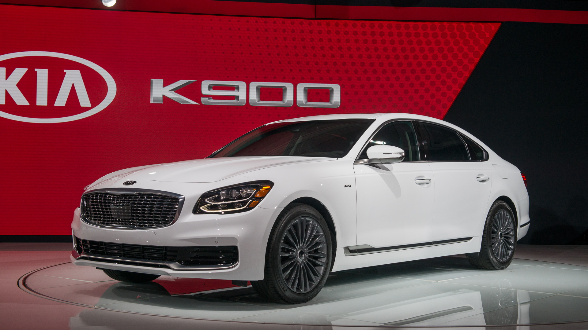 2019 Kia K900, 2018 New York auto show