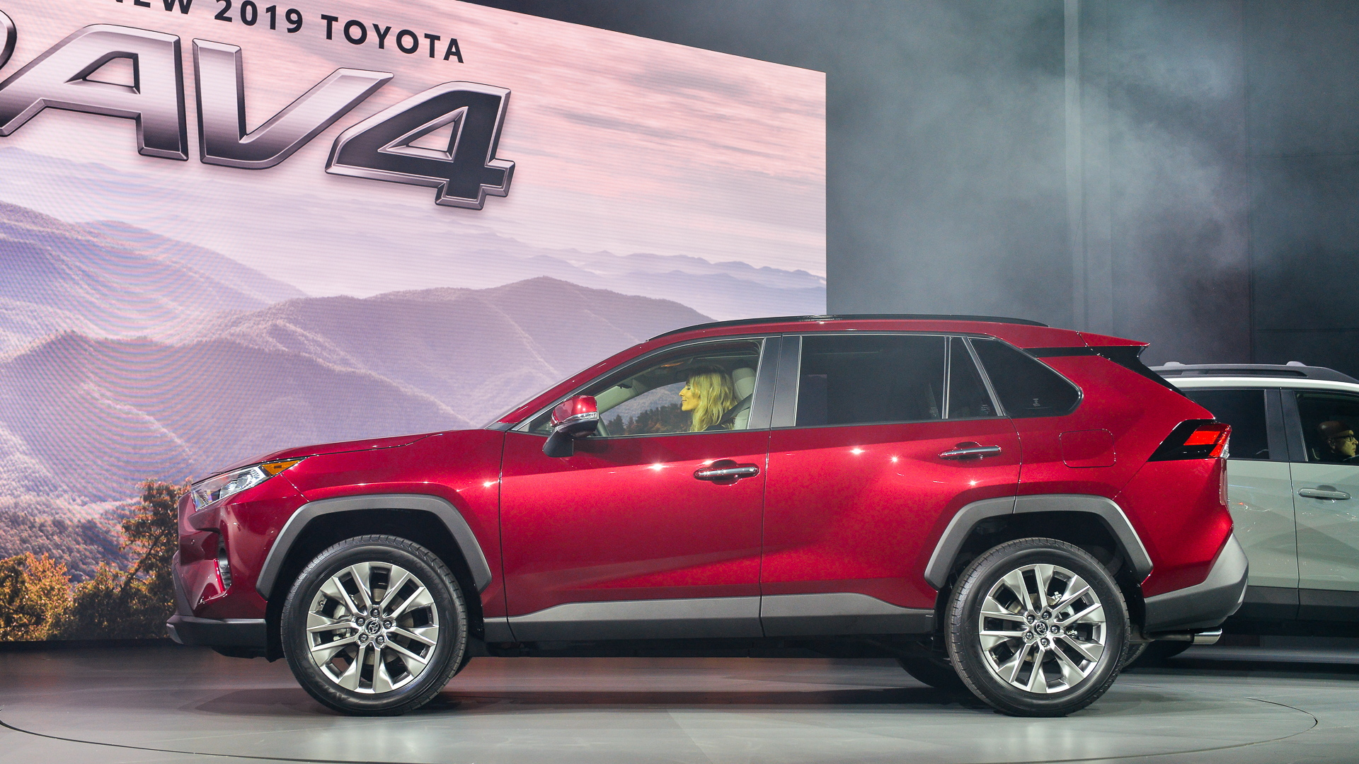 2019 Toyota Rav4 Takes On Tough New Look