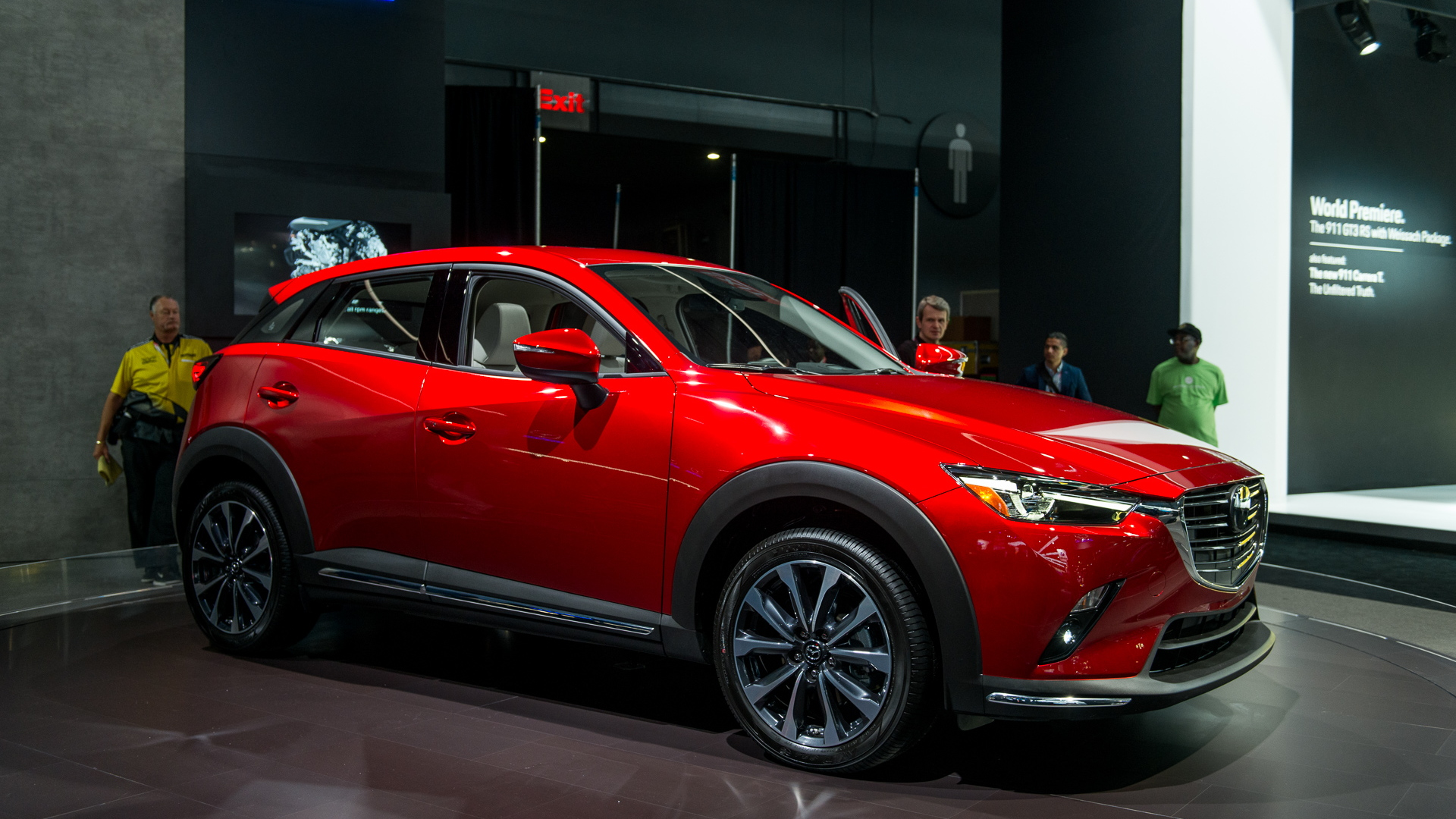 2019 Mazda Cx 3 Brings A More Refined Interior