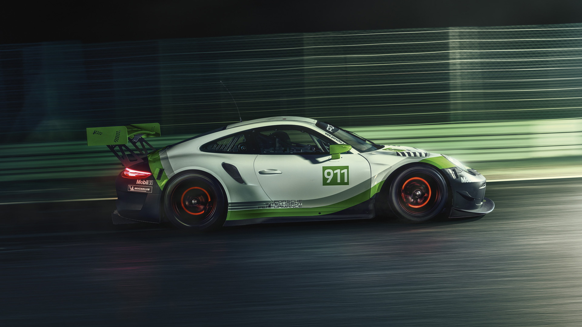 2019 Porsche 911 GT3 R race car