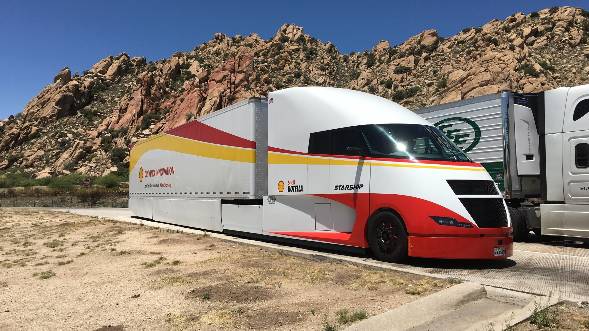 Shell Airflow Starship truck in Gila Bend, AZ,  on cross-country fuel economy run