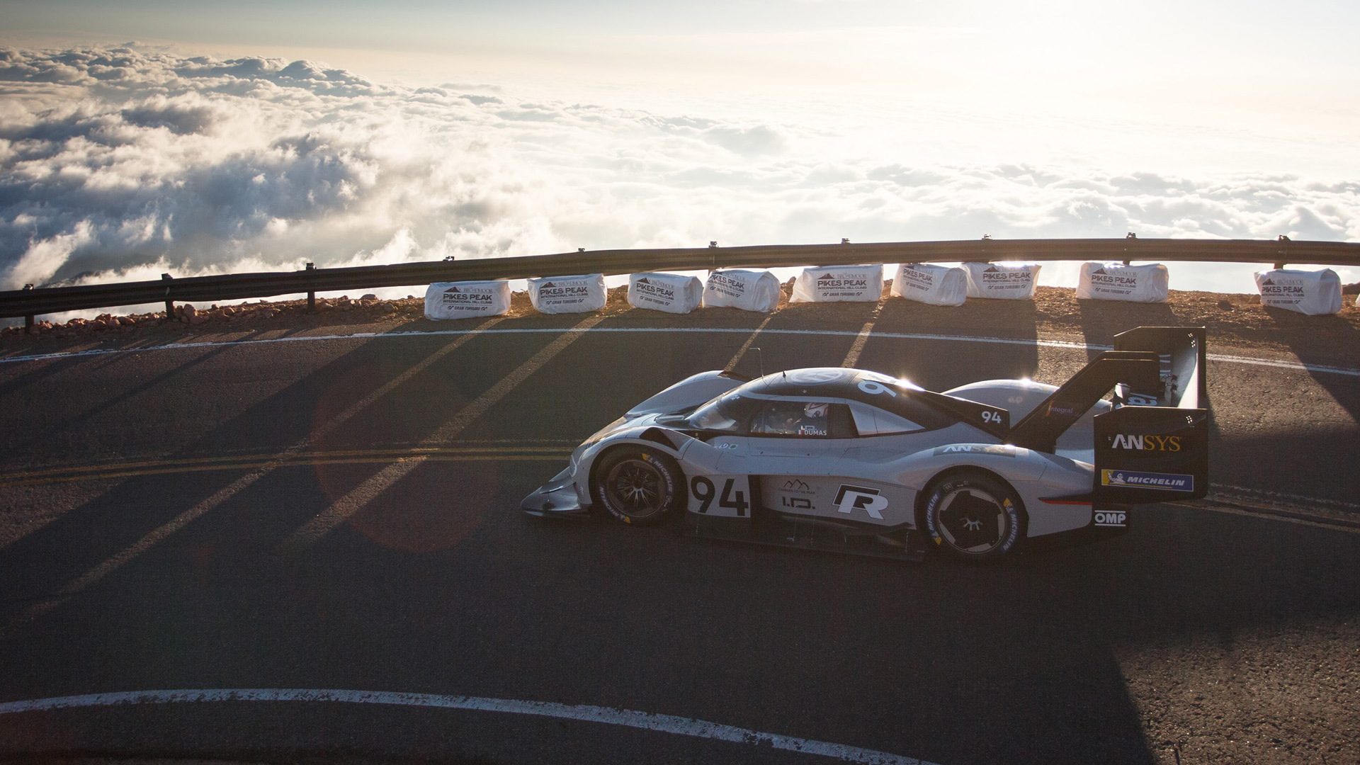 Romain Dumas drives the Volkswagen ID R at 2018 Pikes Peak International Hill Climb
