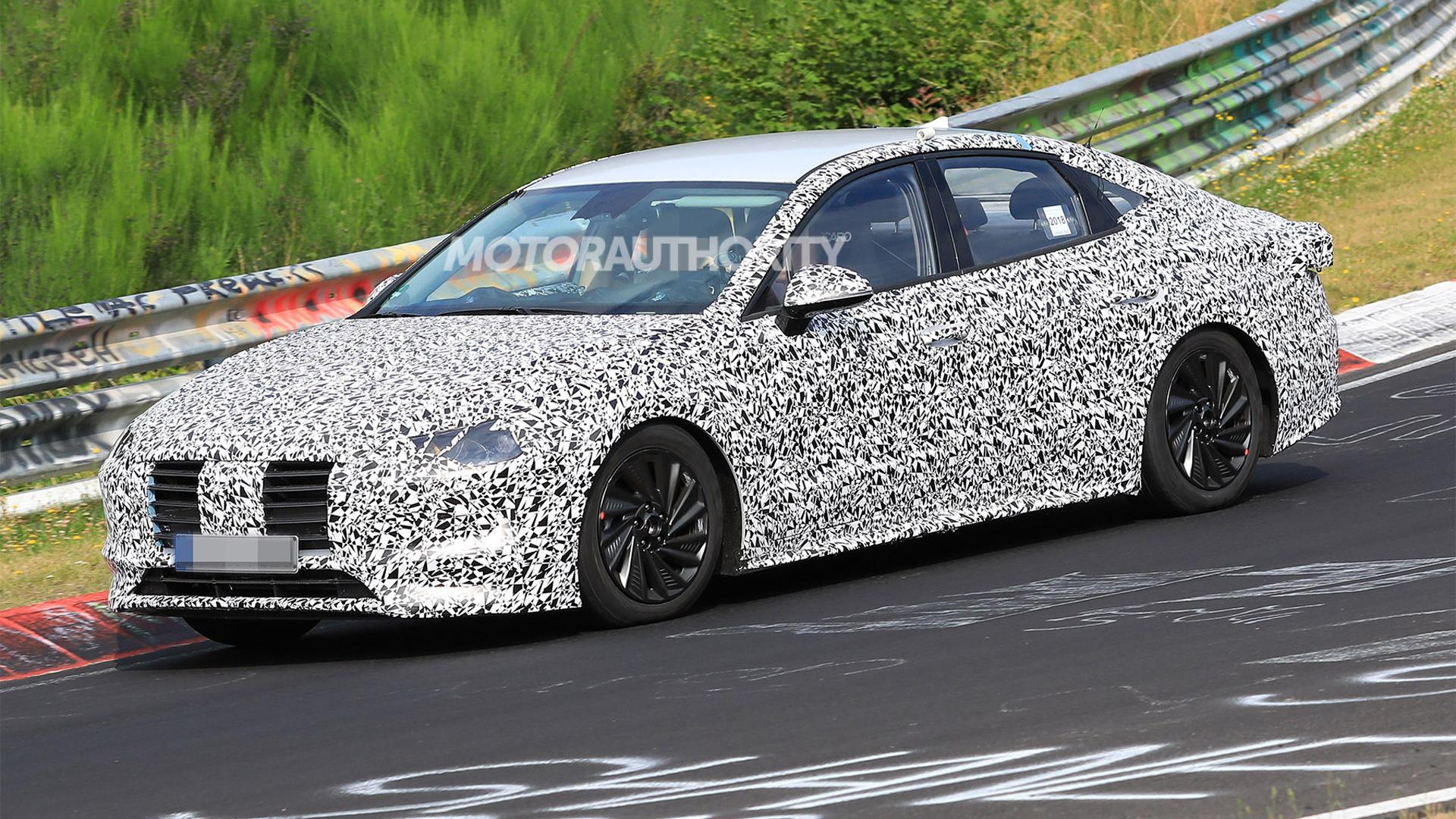 2020 Hyundai Sonata spy shots - Image via S. Baldauf/SB-Medien