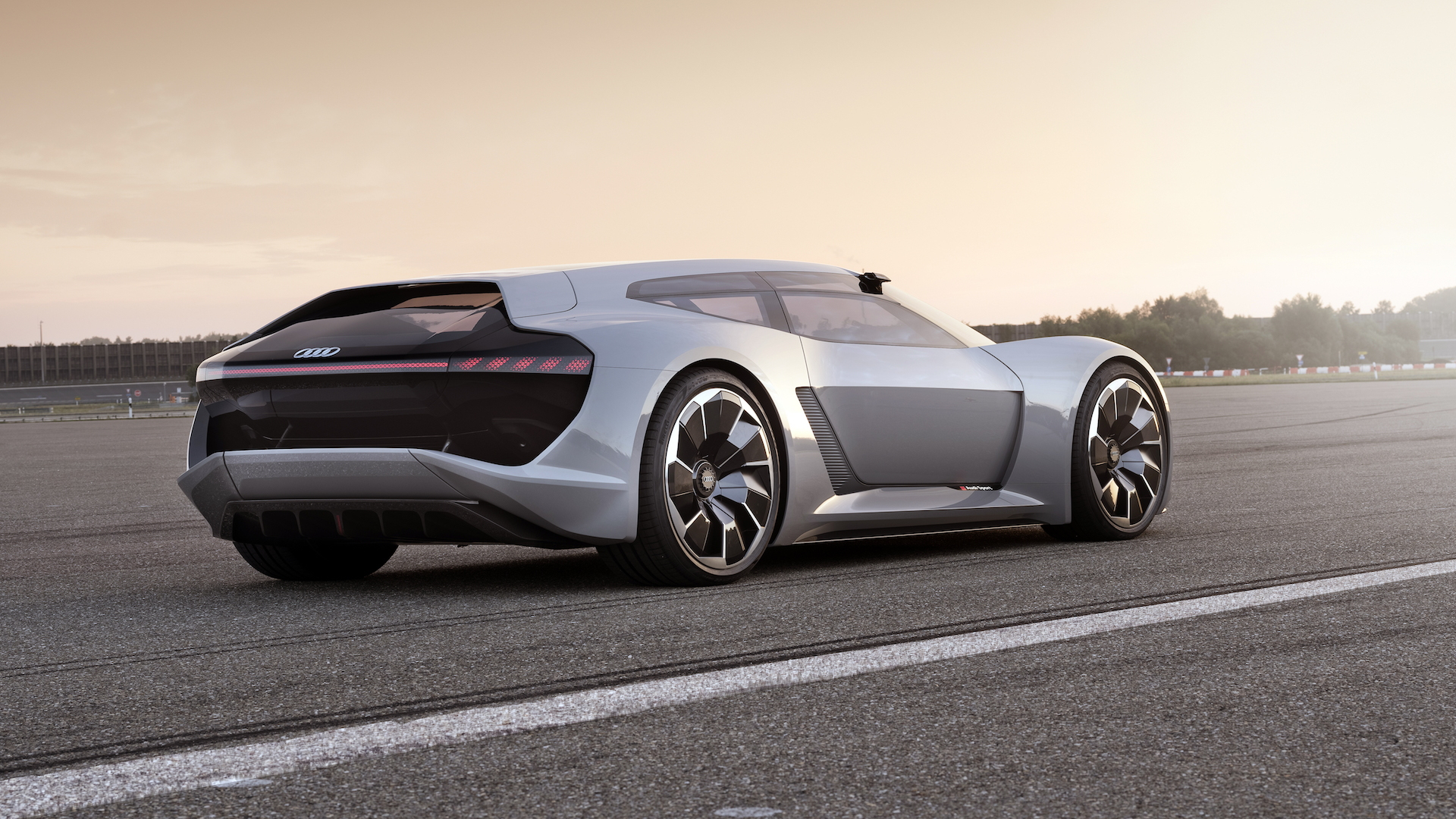Audi reveals PB18 e-tron concept in Monterey–with moveable