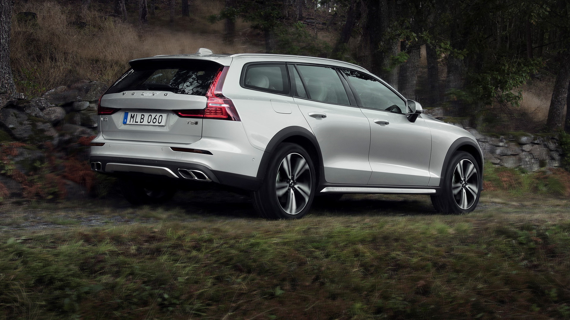 Volvo V60 Cross Country >> 2020 Volvo V60 Cross Country Is Proof Suvs Aren T Always