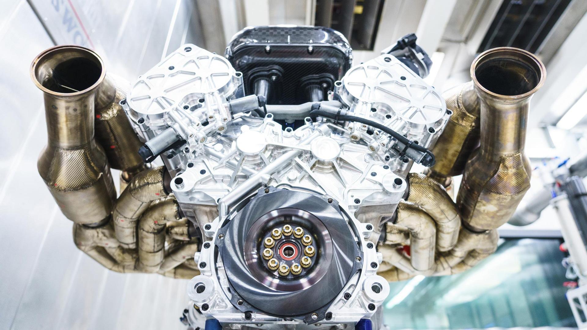 Aston Martin Valkyrie's 6.5-liter V-12