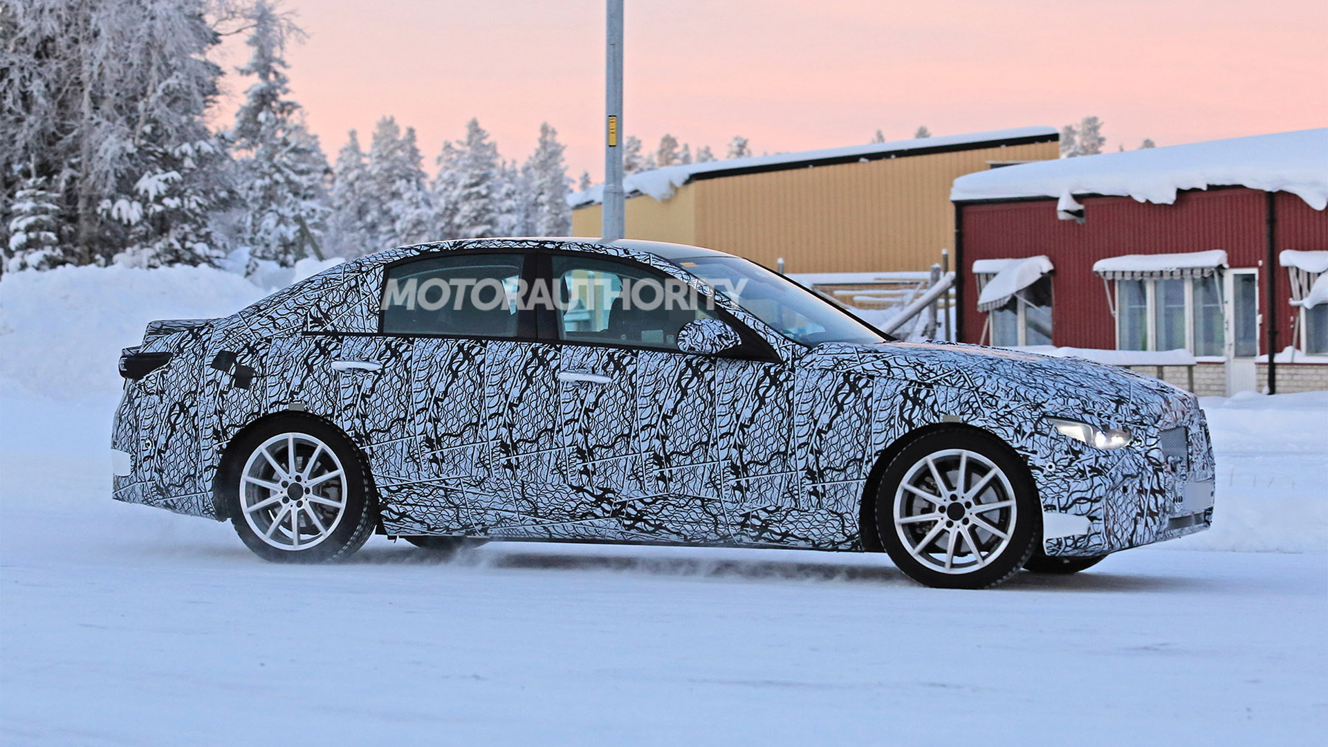 2021 Mercedes-Benz C-Class spy shots - Image via S. Baldauf/SB-Medien
