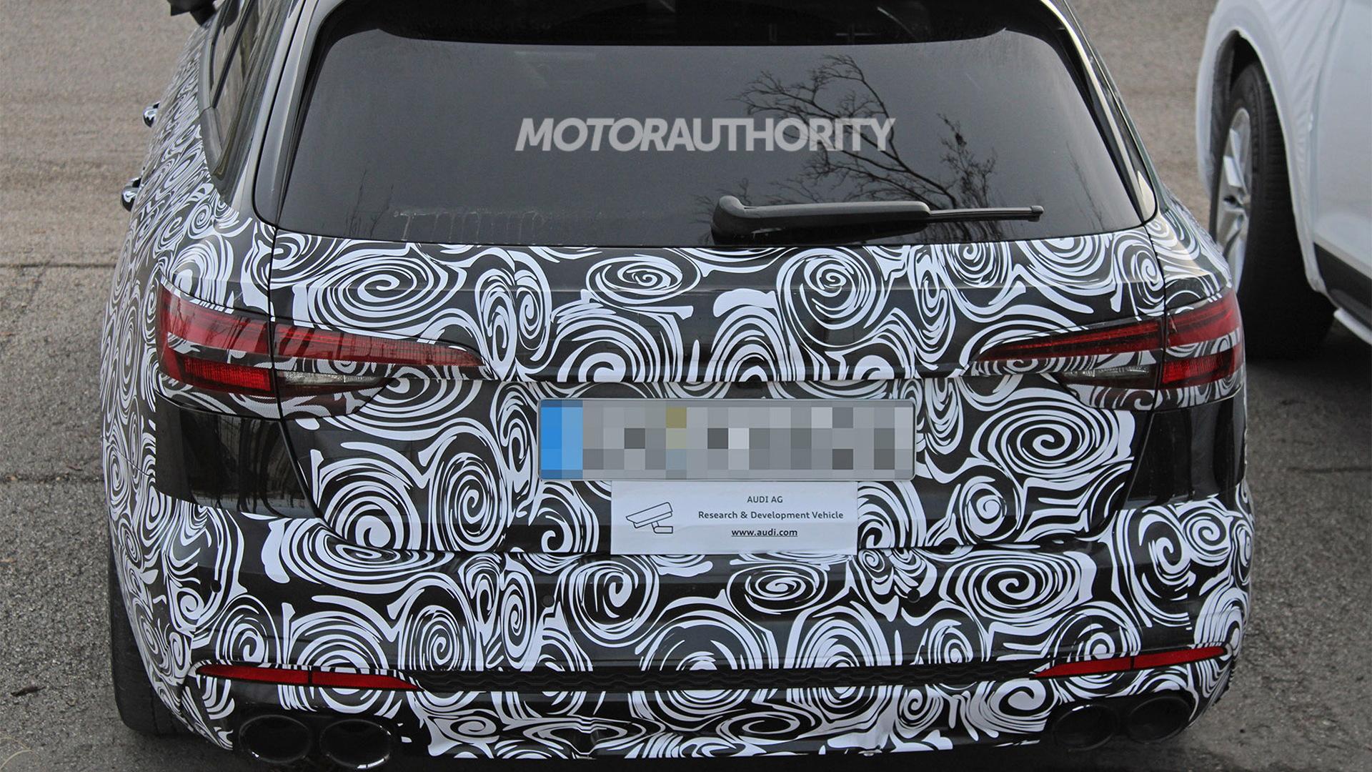 2021 Audi S4 Avant facelift spy shots - Image via S. Baldauf/SB-Medien