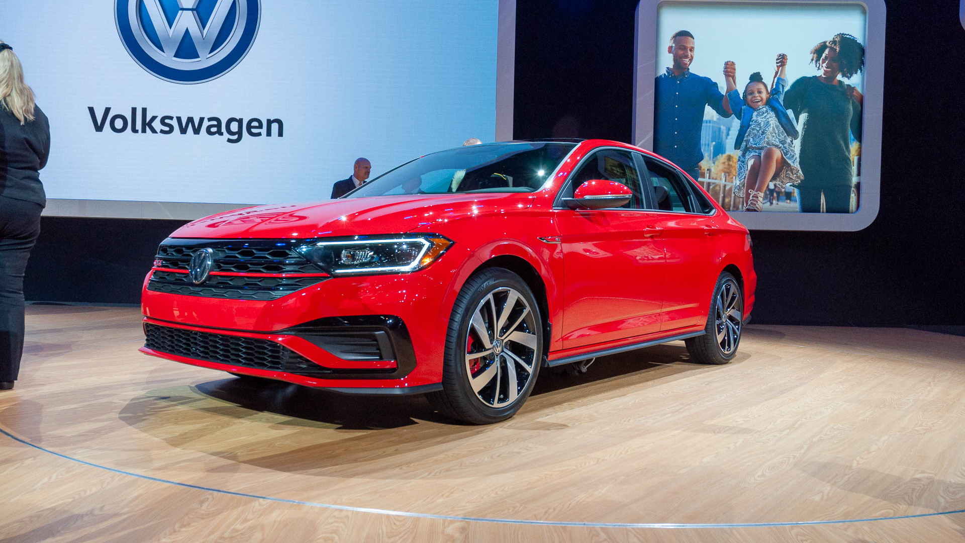2019 VW Jetta GLI arrives with GTI and Golf R hand-me-downs