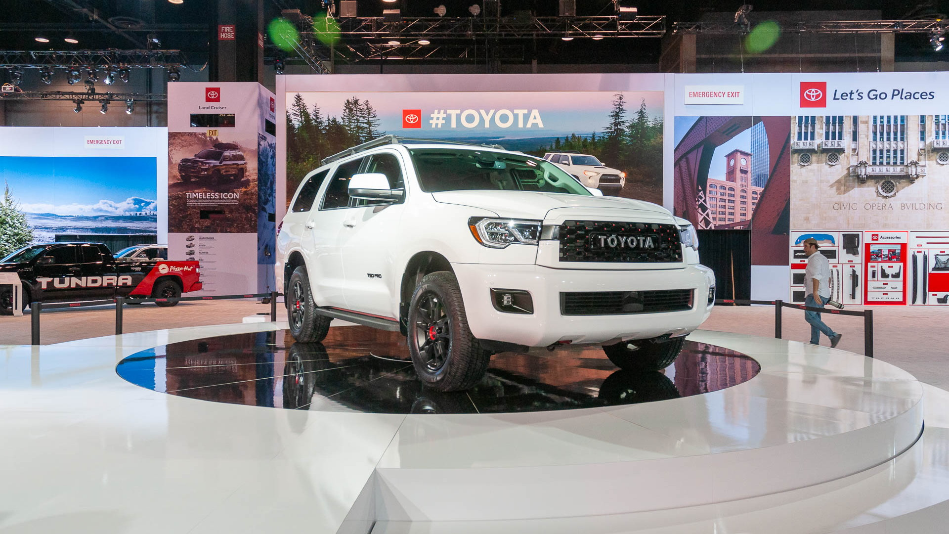 2020 Toyota Sequoia, 2019 Chicago Auto Show