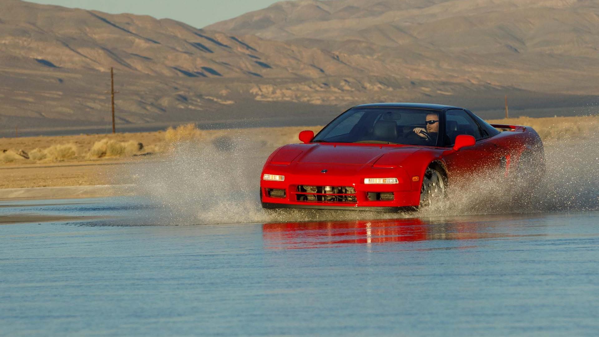 1991 Acura NSX and 2019 Acura NSX - Acura NSX 30th Anniversary