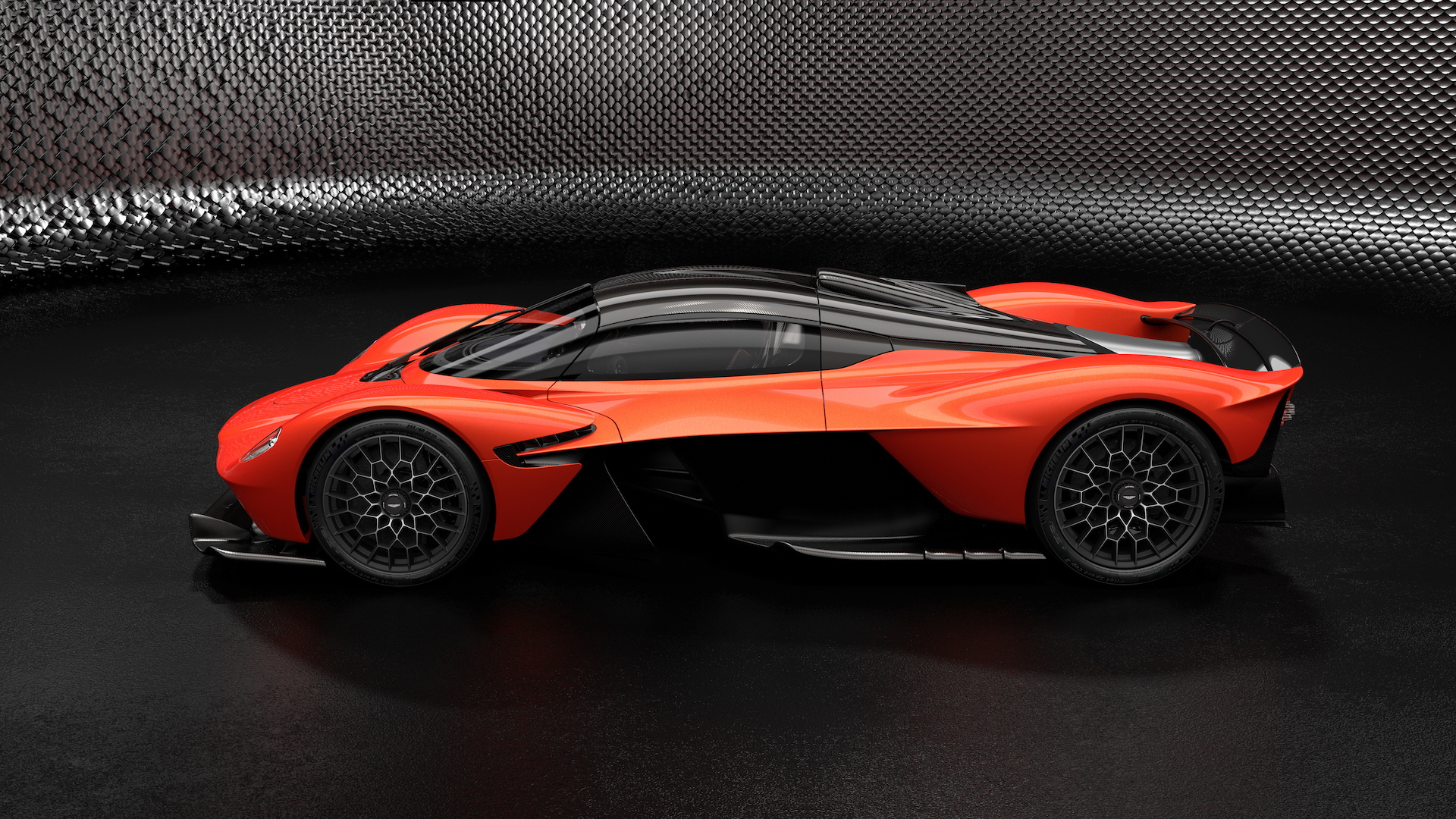 Revs To 11 Aston Martin Valkyrie Taps Out 1 160 Hp