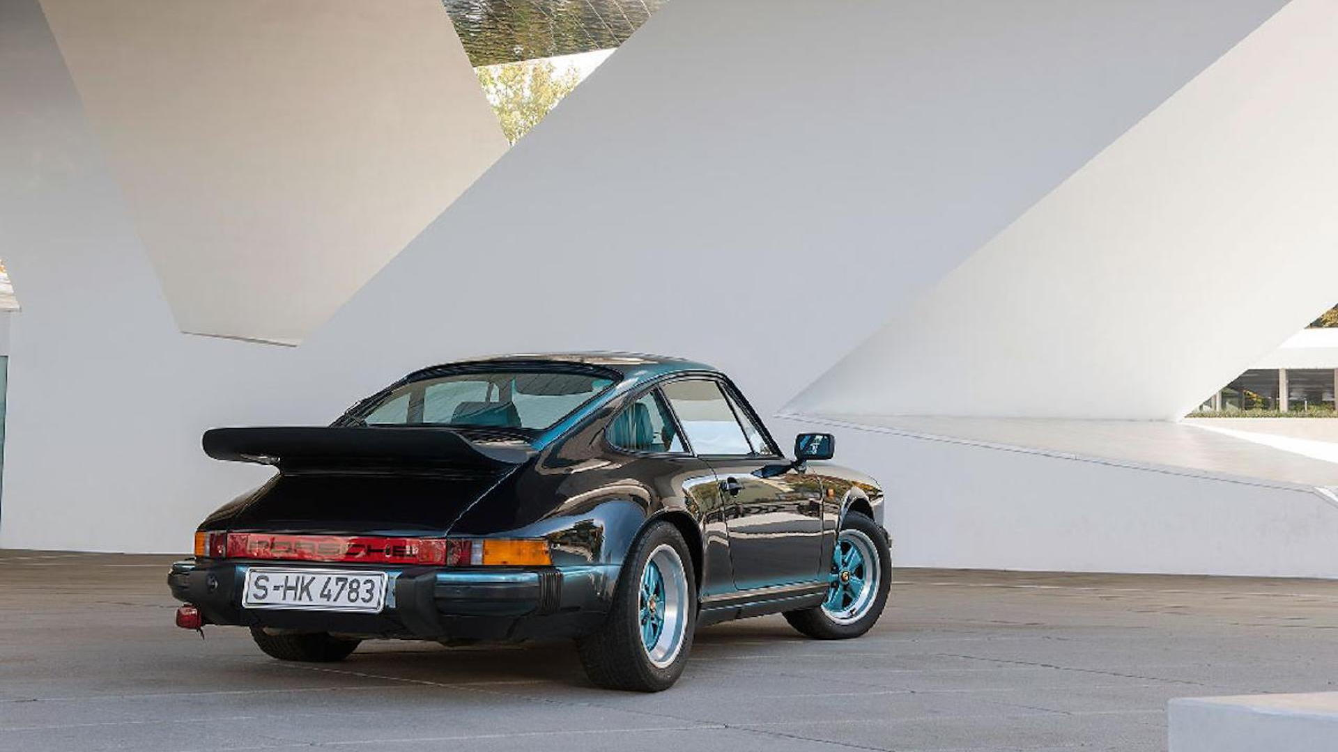 1984 Porsche 911 Carrera restored by Porsche Classic