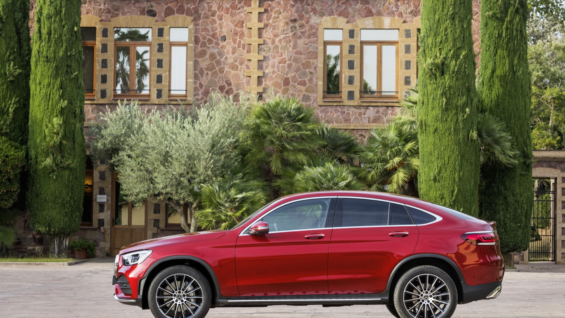 2020 Mercedes-Benz GLC: Update, Changes, More Power, Release >> 2020 Mercedes Benz Glc Coupe Revealed Ahead Of New York Auto