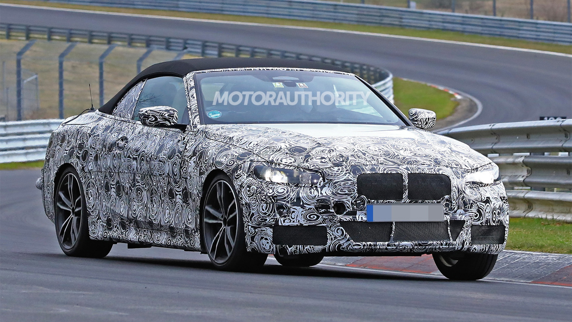 2021 BMW 4-Series Convertible spy shots - Image via S. Baldauf/SB-Medien