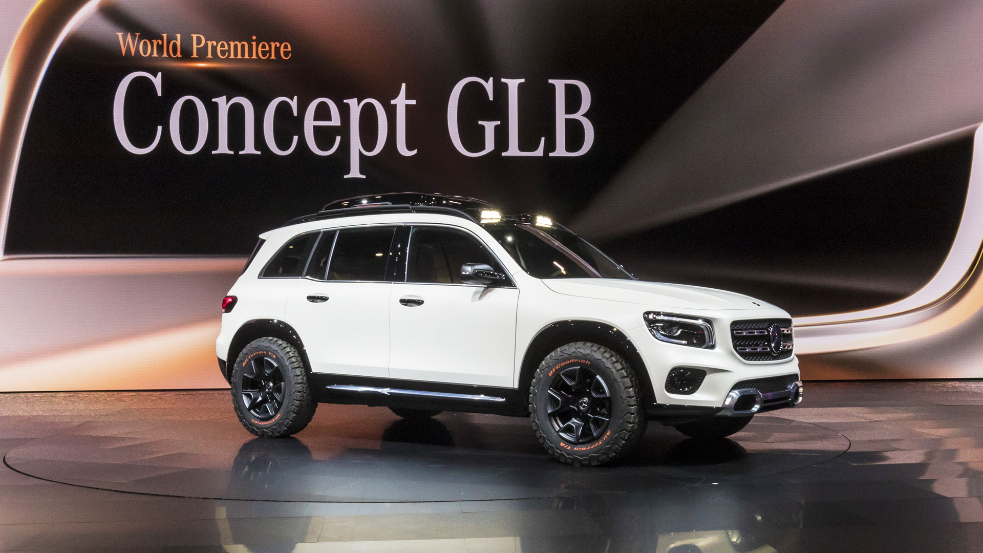 Mercedes-Benz Concept GLB - 2019 Shanghai auto show