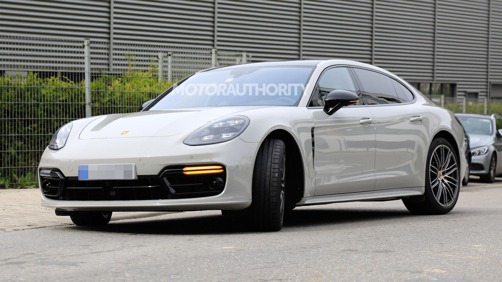 2021 Porsche Panamera facelift spy shots - Image S. Baldauf/SB-Medien