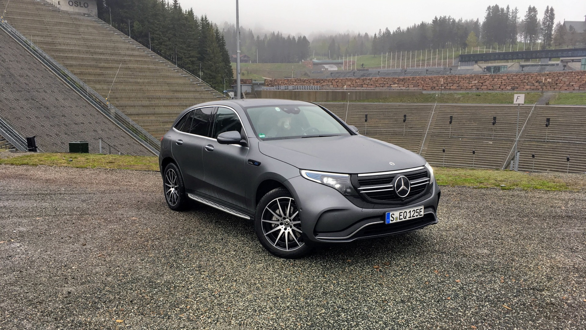 First Drive Review 2020 Mercedes Benz Eqc Electric Crossover Charges Ahead Luxury