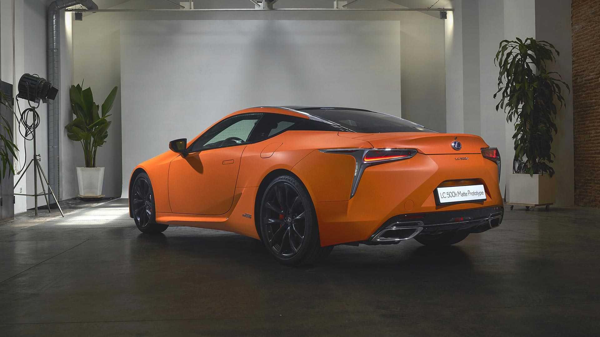 Lexus LC 500h Orange Prototype