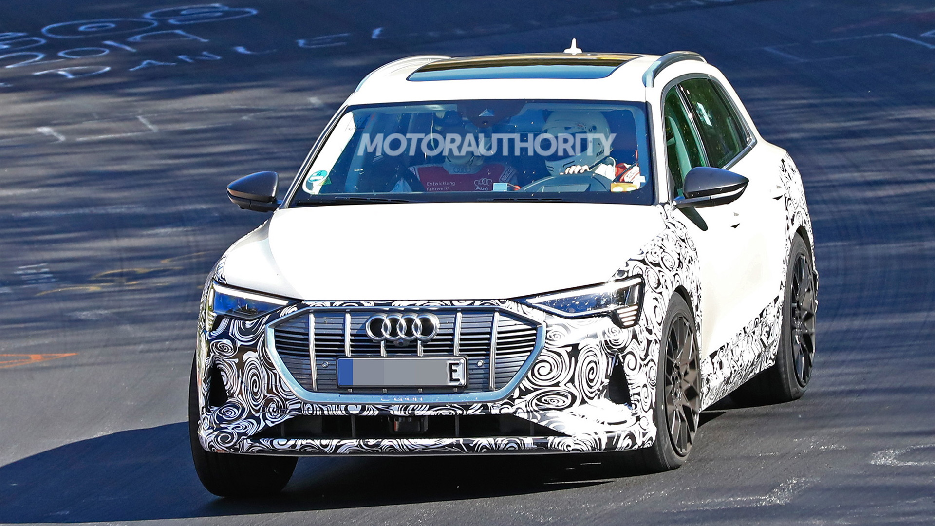 2021 Audi E-Tron S spy shots - Photo credit: S. Baldauf/SB-Medien