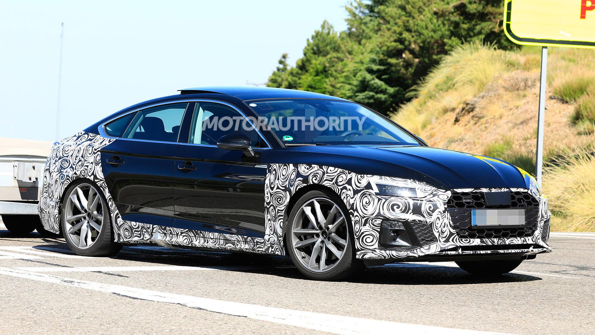 4 Audi A4 Sportback spy shots