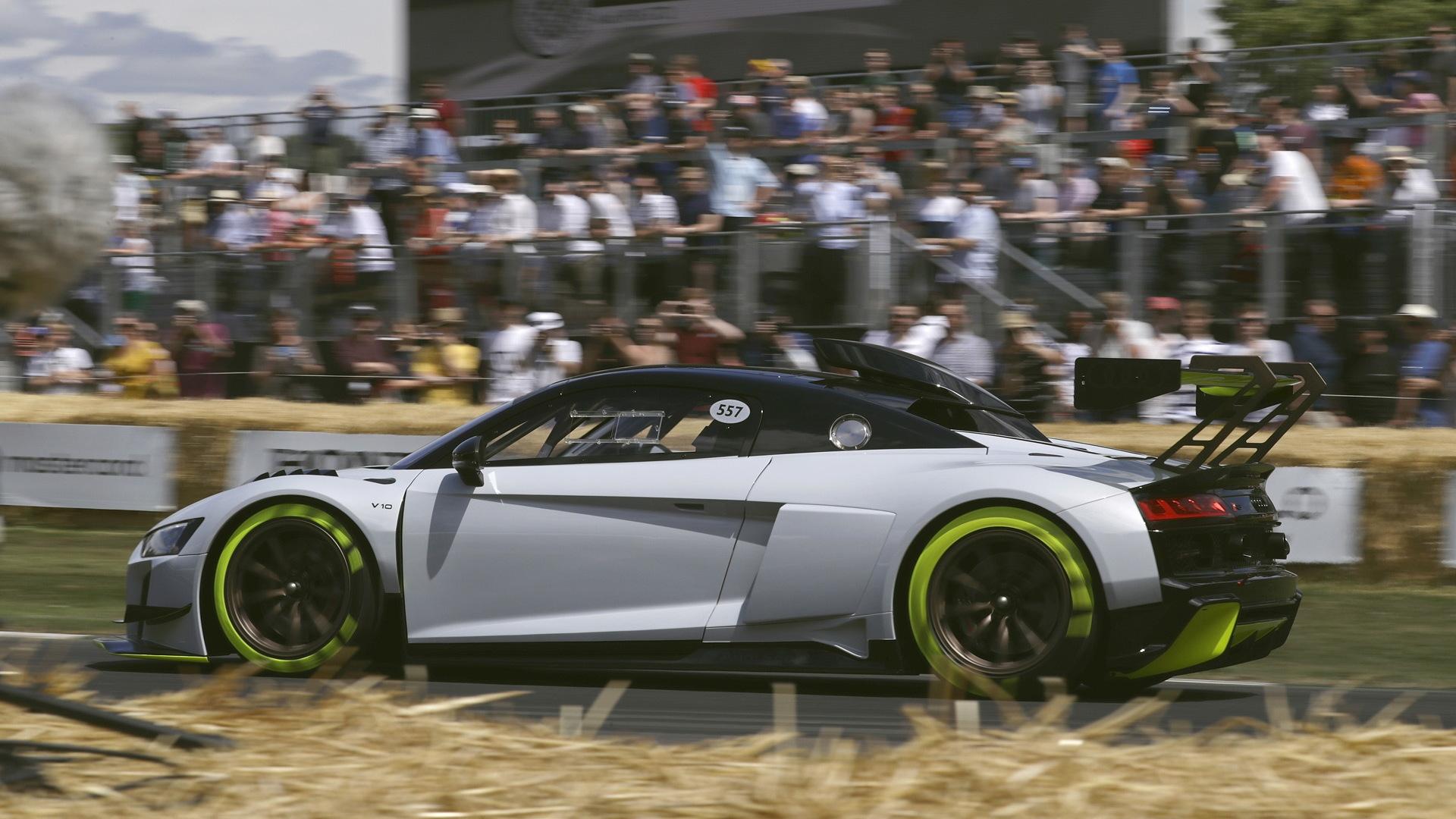 2020 Audi R8 LMS GT2 race car concept