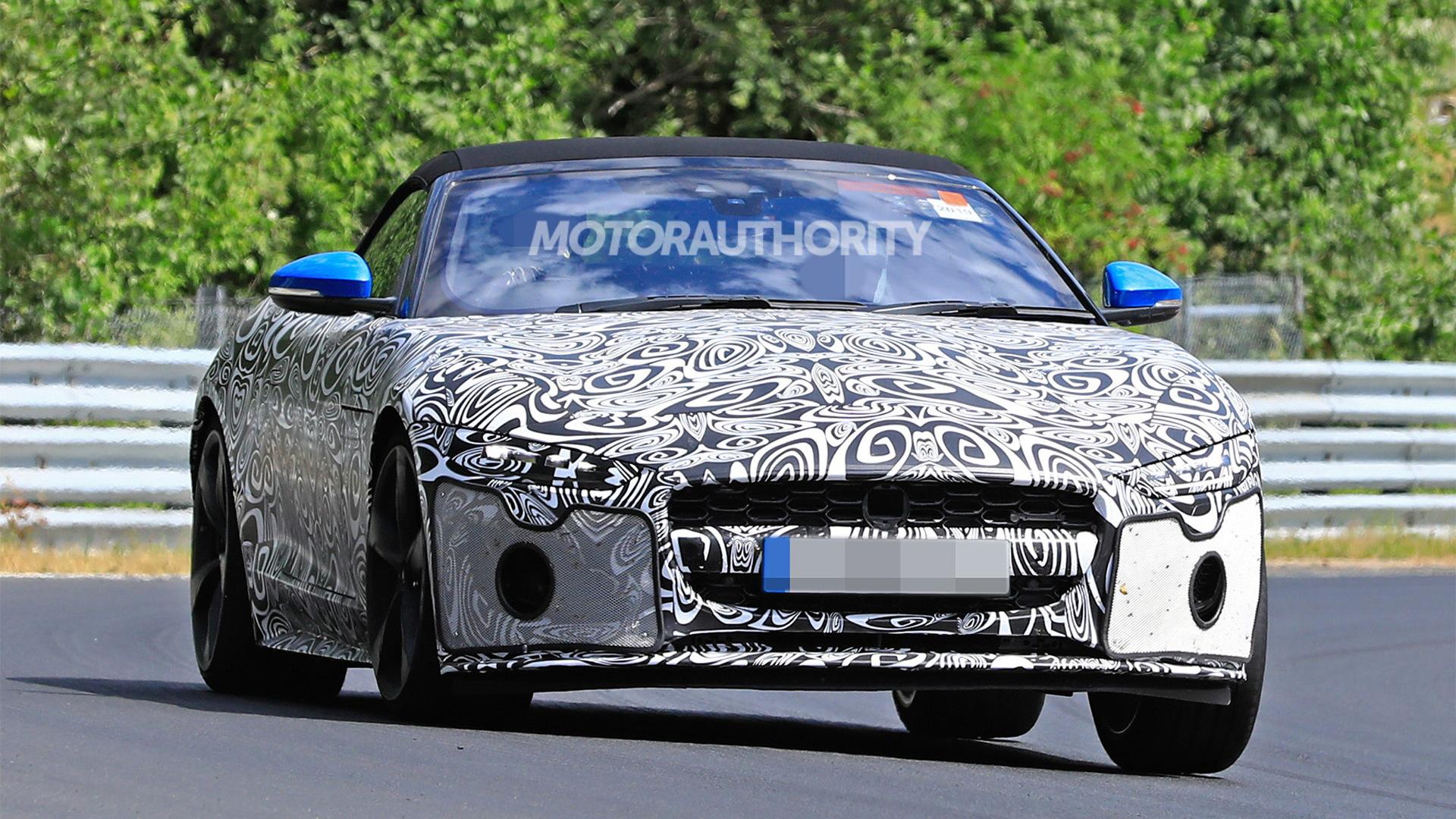 2021 Jaguar F-Type Convertible spy shots - Image via S. Baldauf/SB-Medien