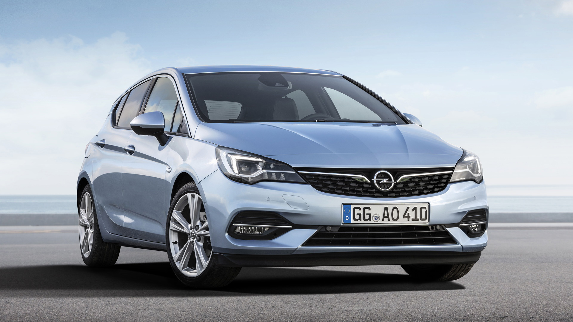 2019 Opel Astra rolls in with minor updates