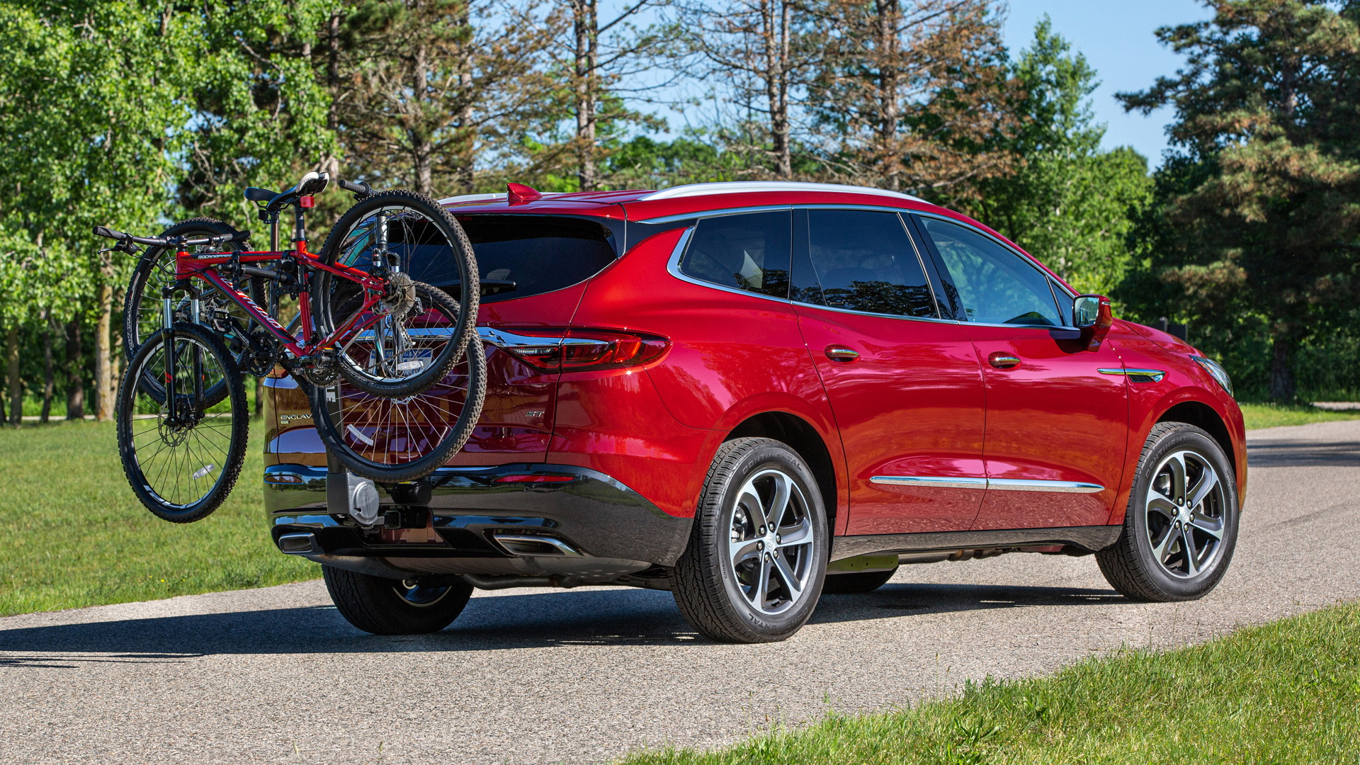 2020 buick enclave arrives with sport touring pack