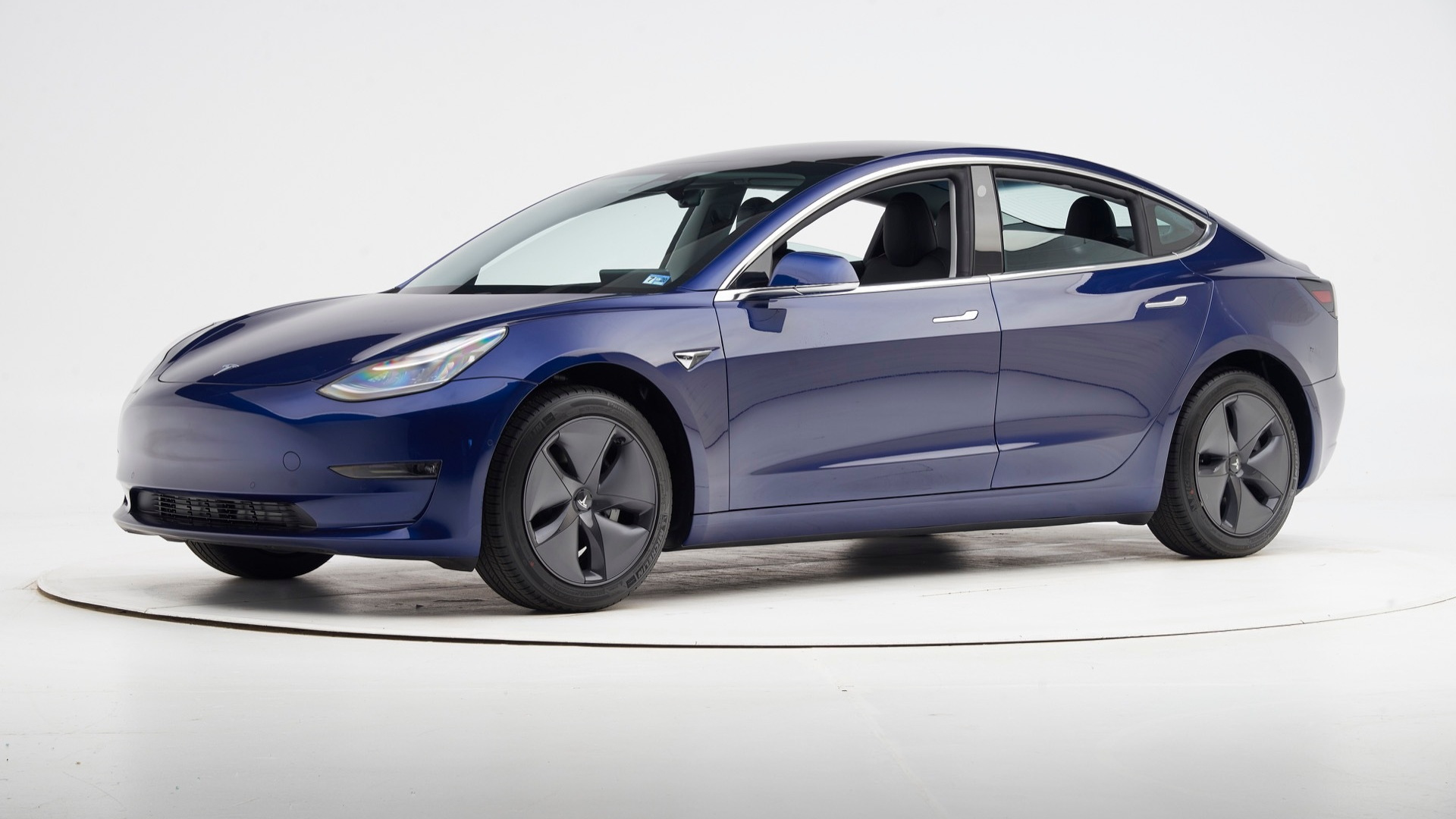 Telsa Model 3 storms the charts, becomes best-selling auto in the Netherlands