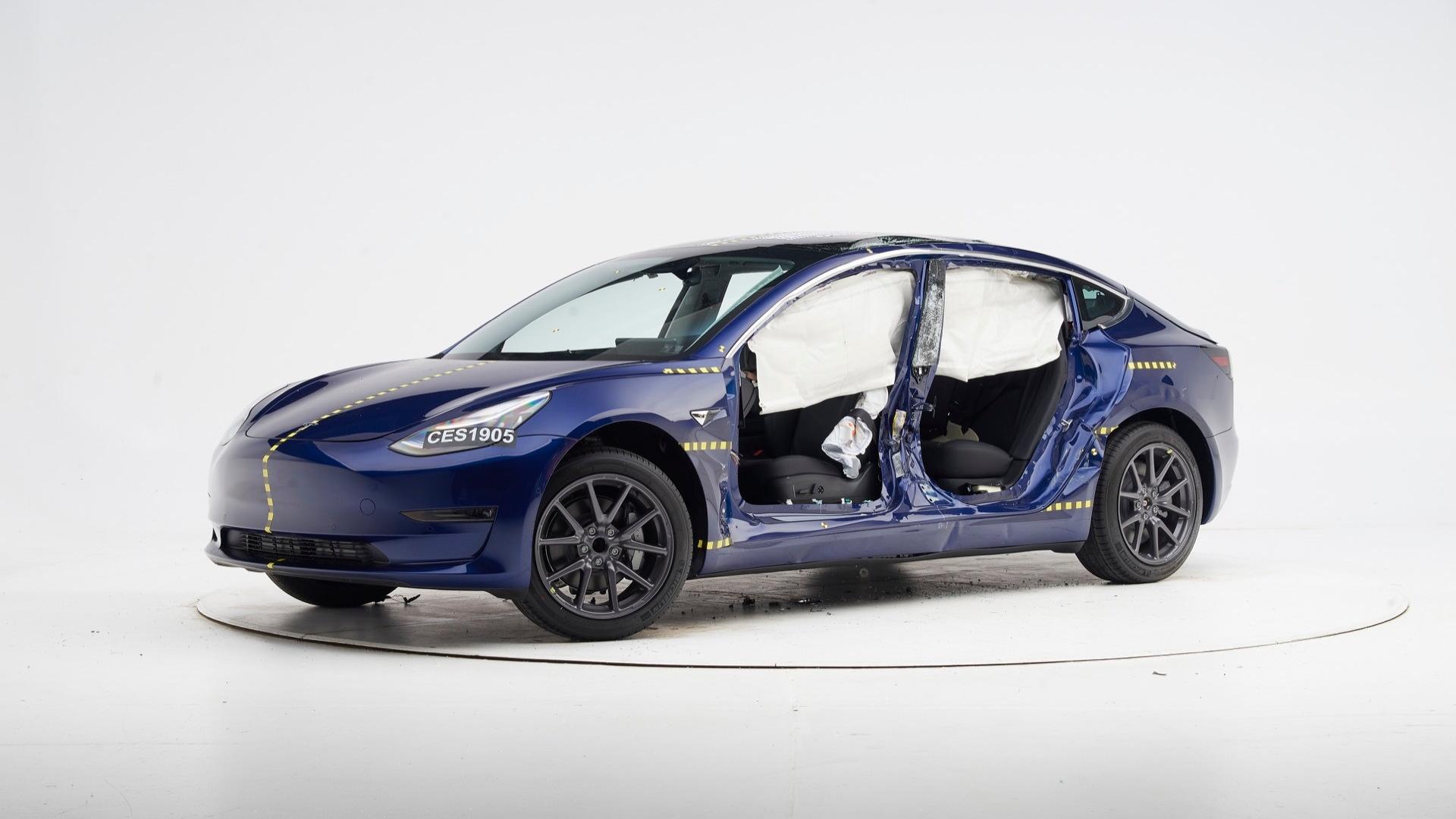 2019 Tesla Model 3  -  IIHS side impact crash test