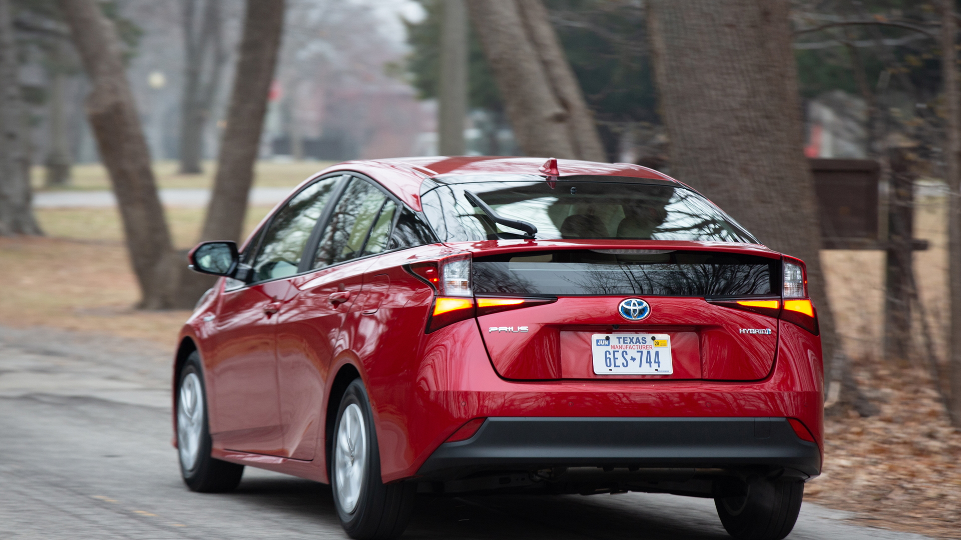 2020 Toyota Prius Up To 56 Mpg Now With Carplay And Alexa