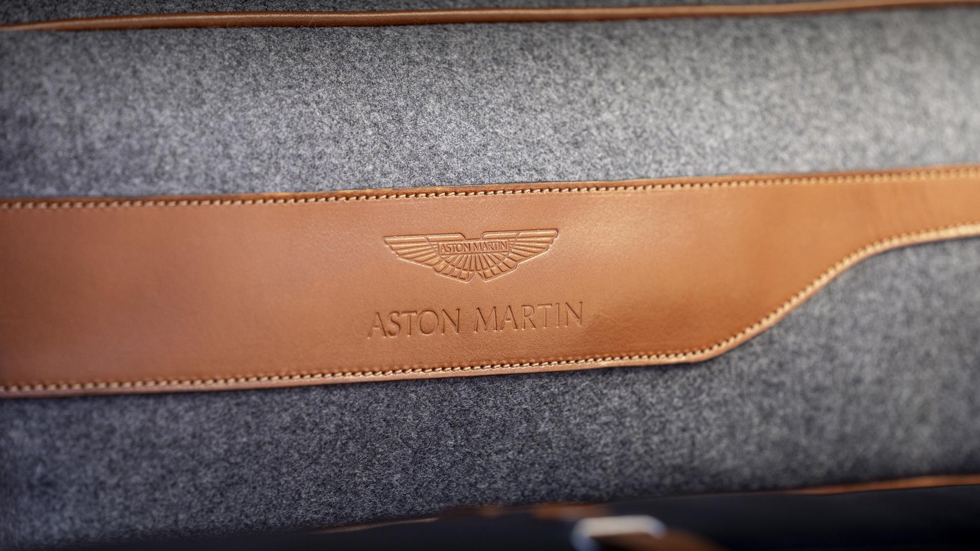 Aston Martin DBX lifestyle accessories