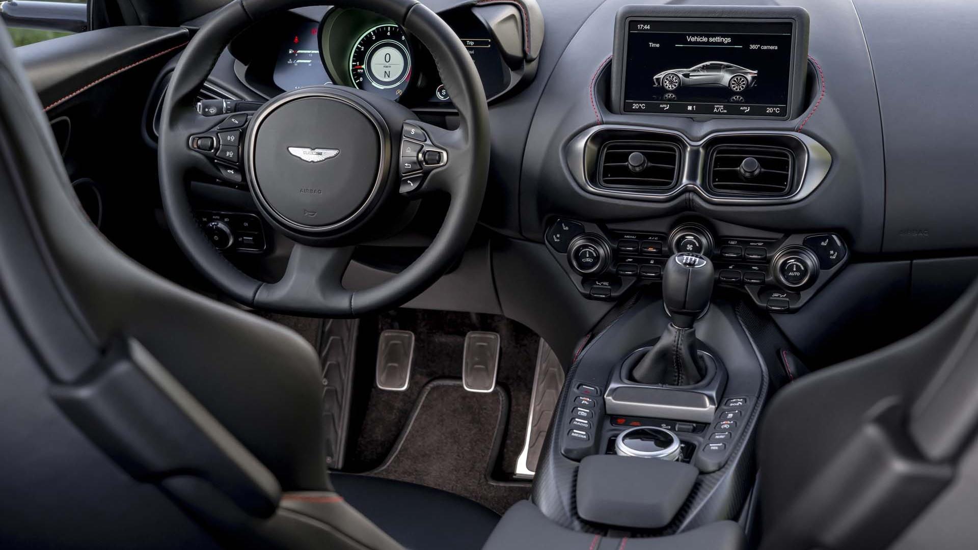 2020 Aston Martin Vantage AMR