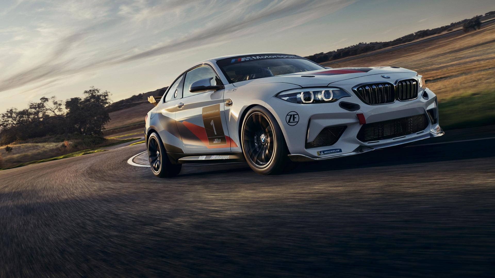 2020 BMW M2 CS Racing