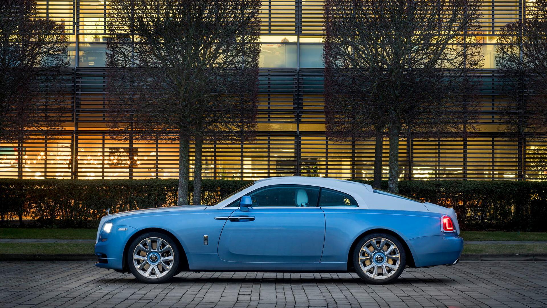 Rolls-Royce Bespoke Wraith Falcon Embroidery