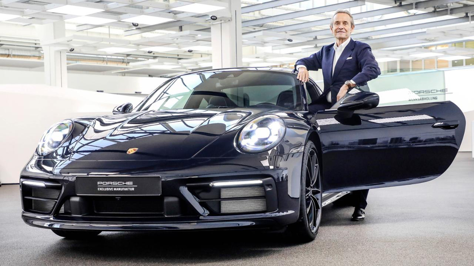 Jacky Ickx and the 2020 Porsche 911 Carrera 4S Belgian Legend Edition