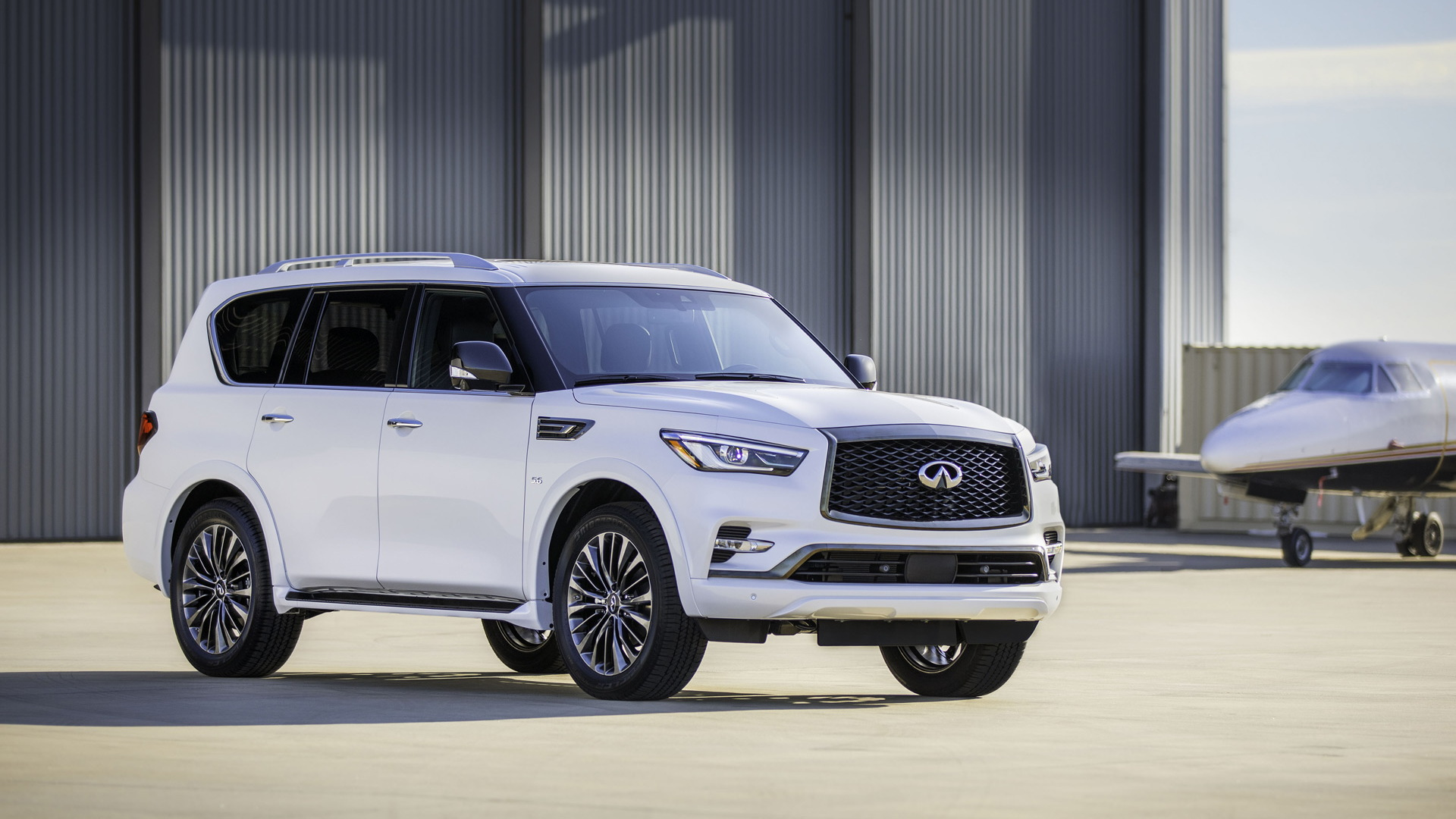 2020 infiniti qx80 arrives with new dash  edition 30 package