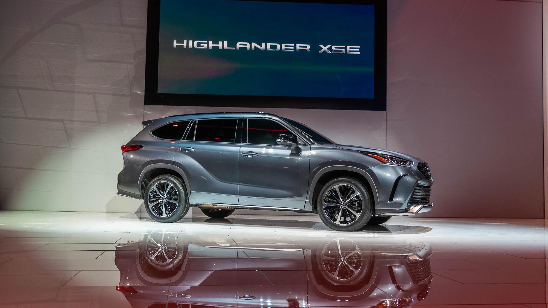 2021 Toyota Highlander XSE, 2020 Chicago Auto Show