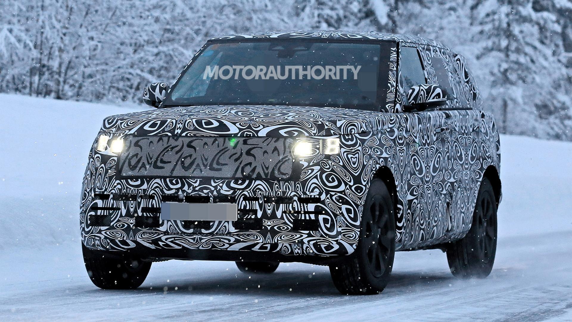 2022 Land Rover Range Rover Long Wheelbase spy shots - Photo credit: S. Baldauf/SB-Medien
